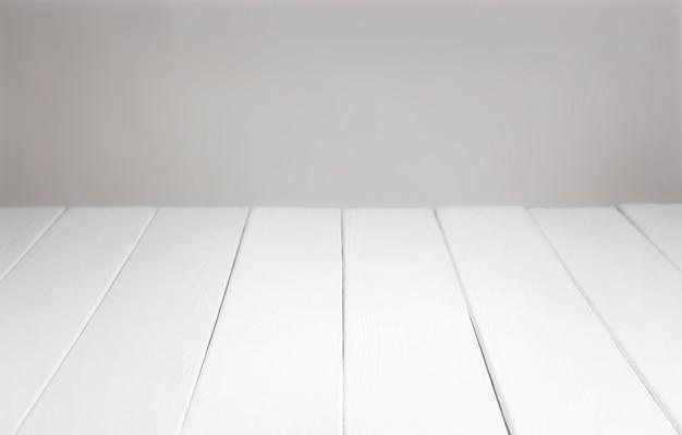 De madeira branca para montagem do produto