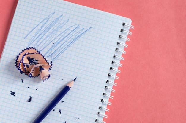 De volta à escola. educação a distância. educação durante a quarentena. estudar e aprender em casa