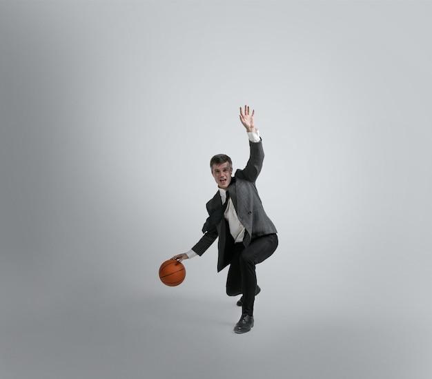 De volta à faculdade - nunca é tarde para ser estrela do esporte