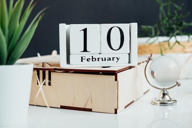 Décimo dia do mês de inverno, calendário de fevereiro.