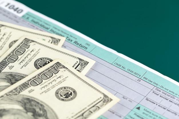 Declaração de imposto de renda individual dos eua.
