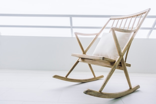 Decoração assento da cadeira de balanço de madeira
