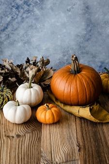 Decoração de abóboras de halloween jack o 'lantern