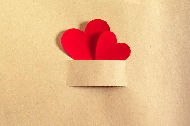 Decoração de corações pequenos de pano