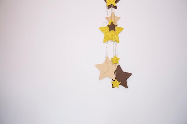 Decoração de estrelas na parede