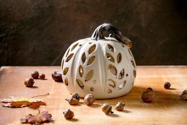 Decoração de halloween, abóbora de cerâmica feita à mão