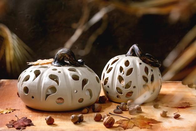 Decoração de halloween, abóboras de cerâmica feitas à mão