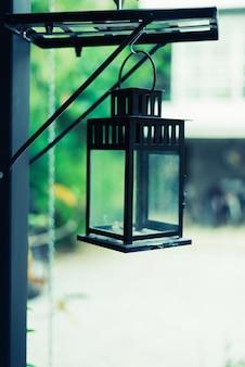 Decoração de lâmpada de luxo retrô bonita brilhando
