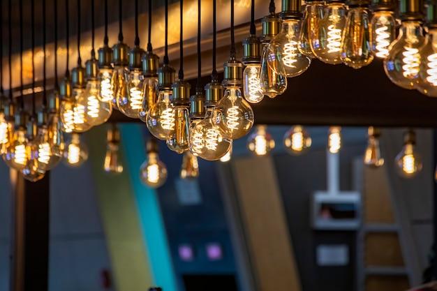 Decoração de lâmpadas edison