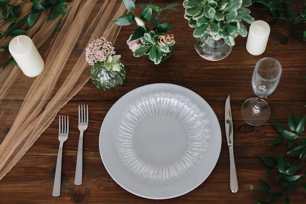 Decoração de mesa em estilo rústico