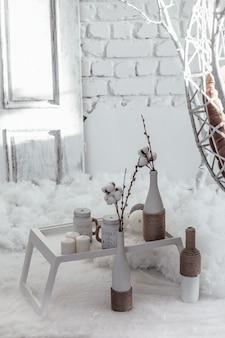 Decoração de natal, decorações artesanais de ano novo. interior do ano novo.