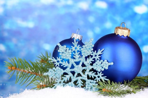 Decoração de natal em fundo azul