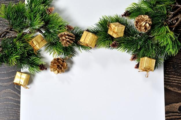 Decoração de natal no fundo de madeira