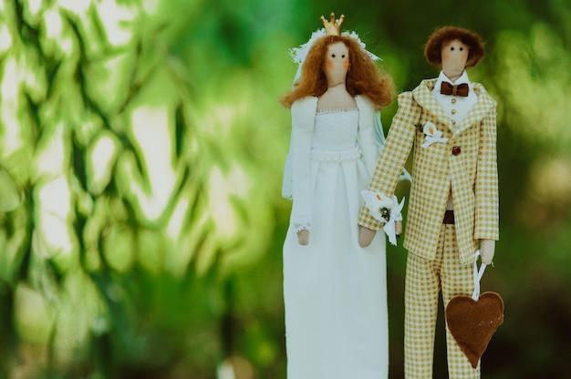 Decoração de noiva e noivo
