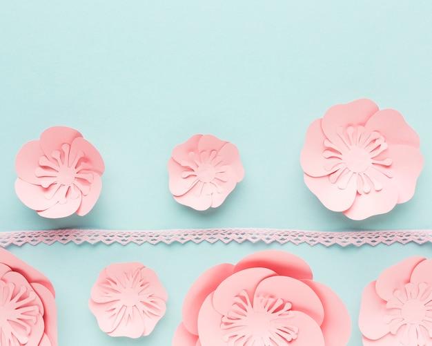 Decoração de papel floral elegante de tamanho diferente