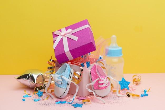 Decoração do chá de bebê, menino ou menina