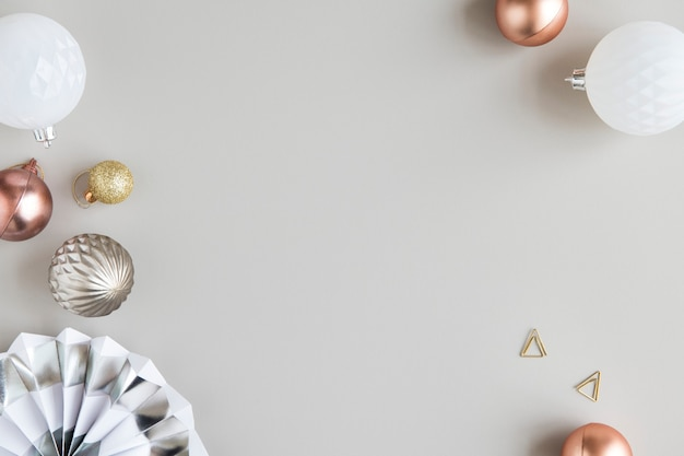 Decoração festiva de enfeites de natal