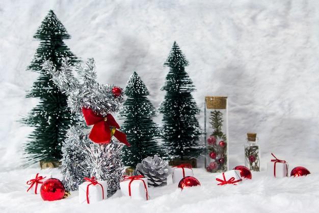 Decoração natal, de, rena, e, pinho, árvore