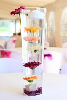 Decoração para um banquete de casamento
