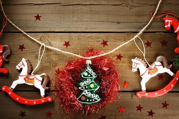 Decorações de natal com cavalos de brinquedo