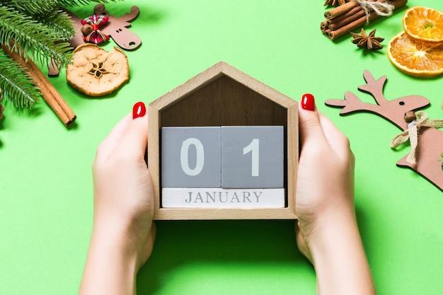 Decorações de natal e calendário