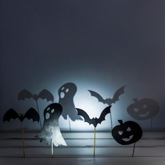Decorações de papel e sombras