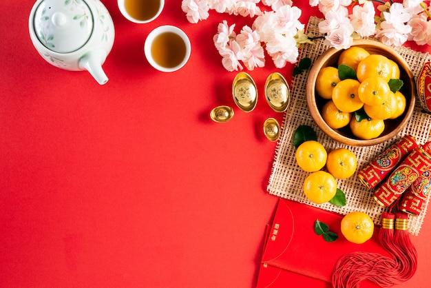 Decorações do festival do ano novo chinês em vermelho