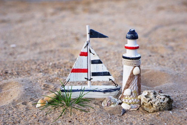 Decorativo do farol, velas na praia