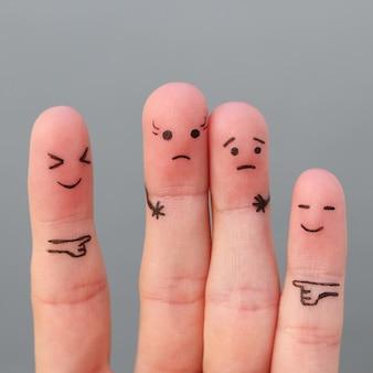 Dedos de arte de pessoas. conceito de mulher mais alta do que o homem, ao redor rir deles.
