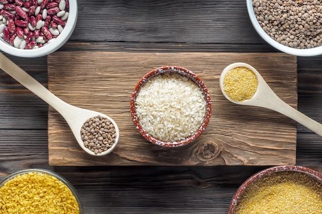 Definir ingrediente vegan orgânico tradicional super alimento no oriente médio e cereais de culinária asiática