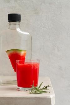 Deliciosa composição de bebida alcoólica de mezcal