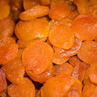 Deliciosa fruta seca no mercado para venda