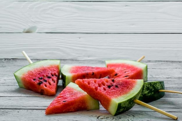 Deliciosa melancia. sorvete com melancia