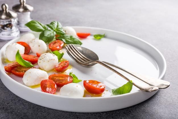 Deliciosa salada caprese