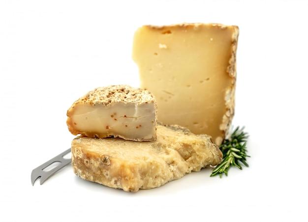 Deliciosa variedade de pedaços de queijo