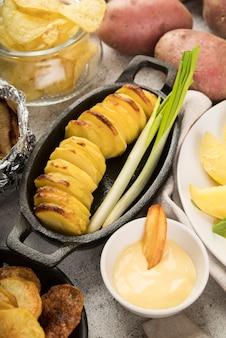 Deliciosas batatas fritas cozidas