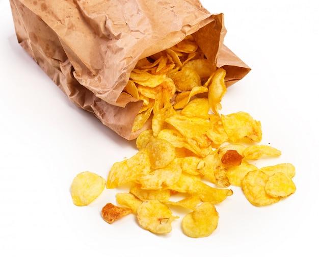 Deliciosas batatas fritas na mesa