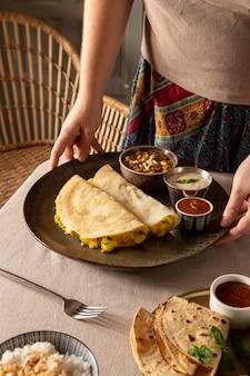 Delicioso arranjo de dosa indiana