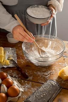 Delicioso arranjo para fazer pão de queijo