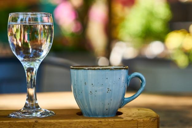 Delicioso café turco na mesa