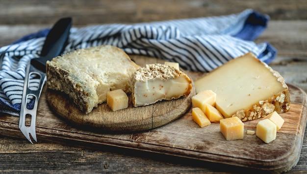 Delicioso conjunto de queijo