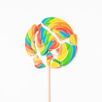 Delicioso doce esmagado na mesa