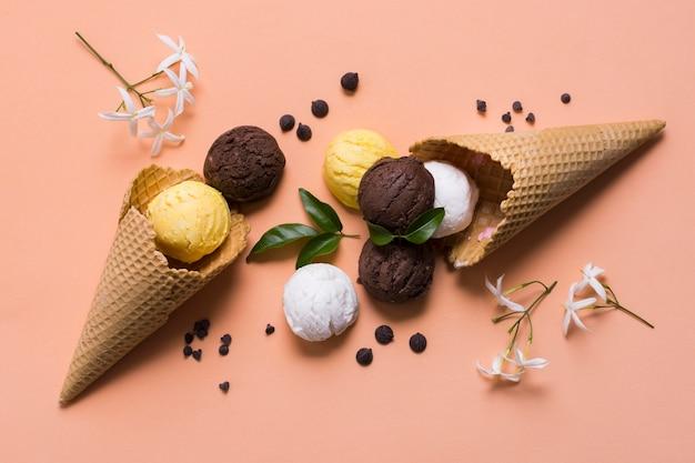 Delicioso sorvete no cone