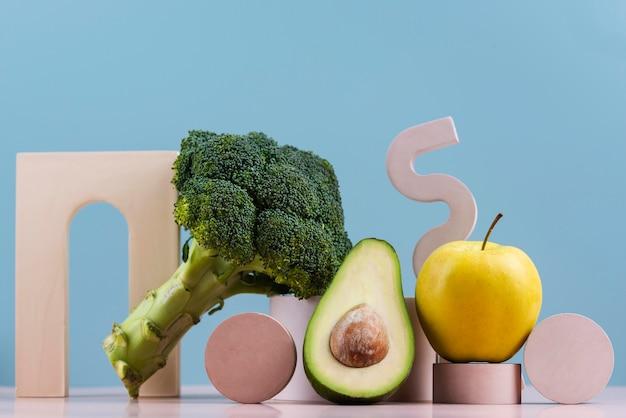 Deliciosos vegetais e frutas frescas