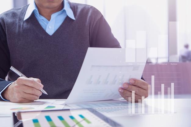 Demonstração financeira em análise de desempenho comercial