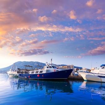 Denia port fisherboats montgo montanha em alicante