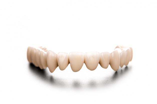 Dentadura em preto