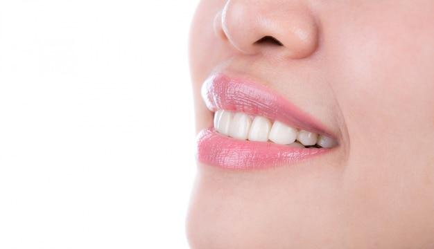 Dentes mulher saudável
