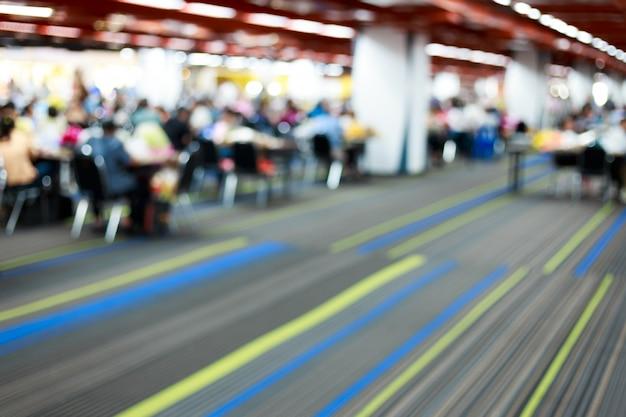 Desafio da sala de conferências com espaço para texto