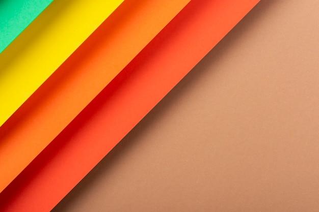 Desenho colorido do material de papel dobrado. vista superior, configuração plana.